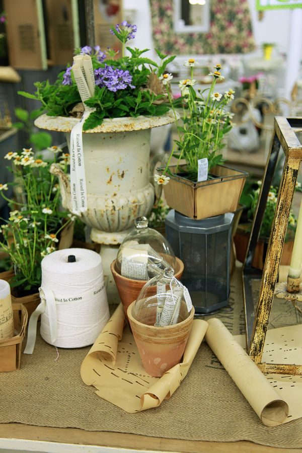 Ideas For Arranging An Antique Booth Space Raised In Cotton