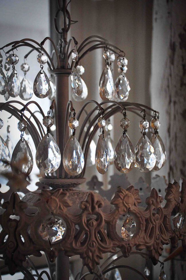 AntiqueChandelier