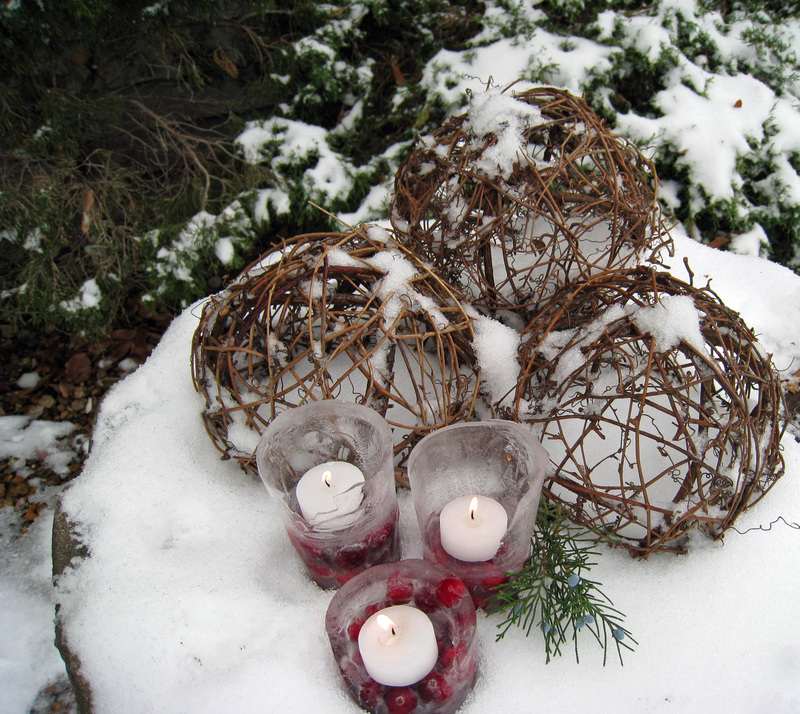 Cranberry_ice_lanterns_2